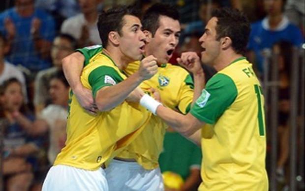Neto, Rato e Falcão Brasil futsal (Foto: Getty Images/Fifa)