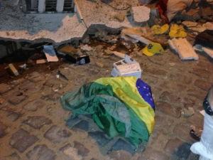 Ação envolveu mais 15 homens fortemente armados (Foto: blogbraga/Edivaldo Braga)