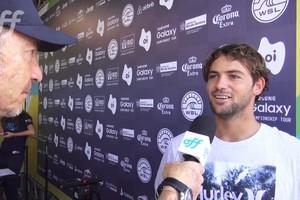 Alejo Muniz comenta seu retorno ao Circuito Mundial de Surfe