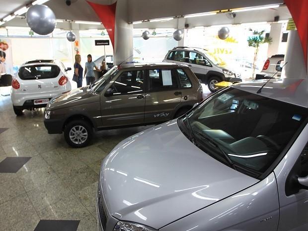 Carro financiado roubado pode ter isenção do IPVA em Goiás (Foto: Ricardo Rafael/ O Popular)
