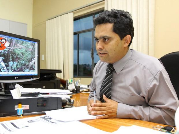Delegado de Nova Serrana aguarda laudo do IML (Foto: Christyam de Lima/Jornal Agora)