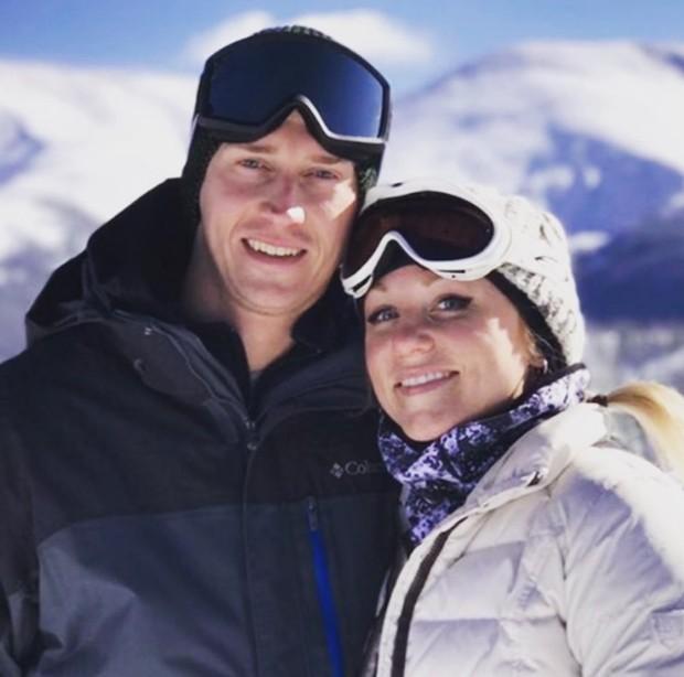 John Bernecker e a namorada Jennifer Cocker (Foto: Reprodução/Instagram)