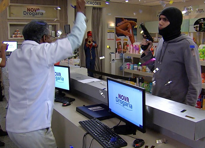 Zorra mostra situação cômica do dia a dia (Foto: TV Globo)