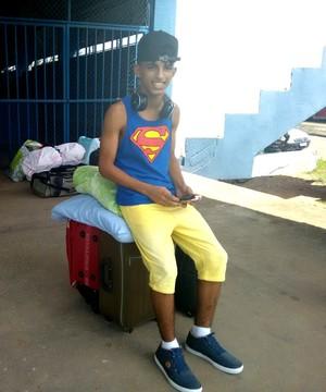 Igor Mandú, aos 14 anos, passará seis meses em testes no clube paulista (Foto: Pâmela Fernandes)