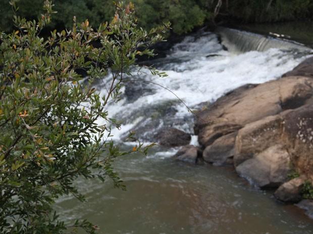 Cachoeiras são atrativos para a estância no Sul de Minas (Foto: Jéssica Balbino/ G1)