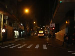 Moradores do Centro relatam casos de violência durante a madrugada (Foto: Felipe Truda/G1)