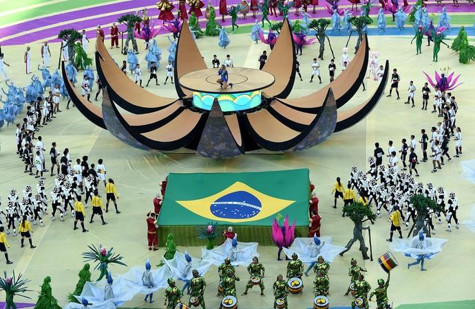 Abertura copa do mundo Claudia Leitte (Foto: AFP)