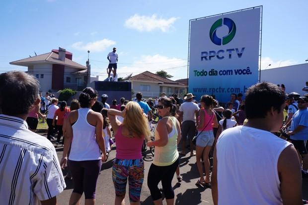 Passeio terminou com muitas opções de lazer para os moradores (Foto: Divulgação/RPC TV)