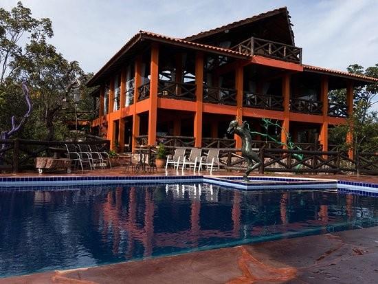 A pousada de luxo em que Marconi Perillo, governador do Goiás, se hospedou (Foto: Reprodução/TripAdvisor)