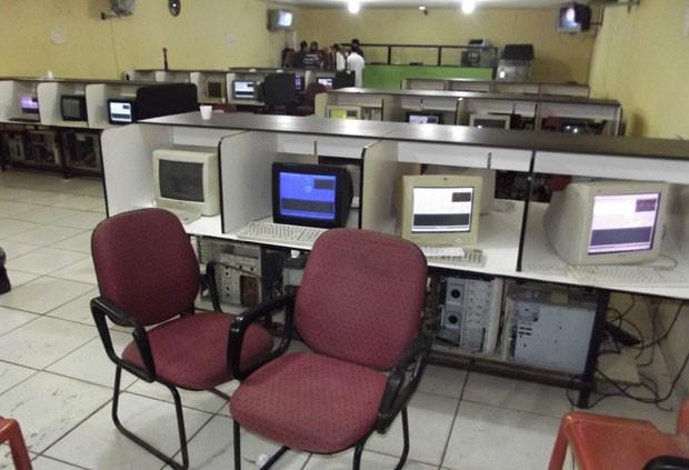 Máquinas de bingo foram apreendidas pela Polícia Civil (Foto: Matheus Magalhães/G1)