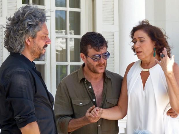 José Alfredo conta para Marta sobre Jesuína (Foto: Tatiana Helich/ Gshow)