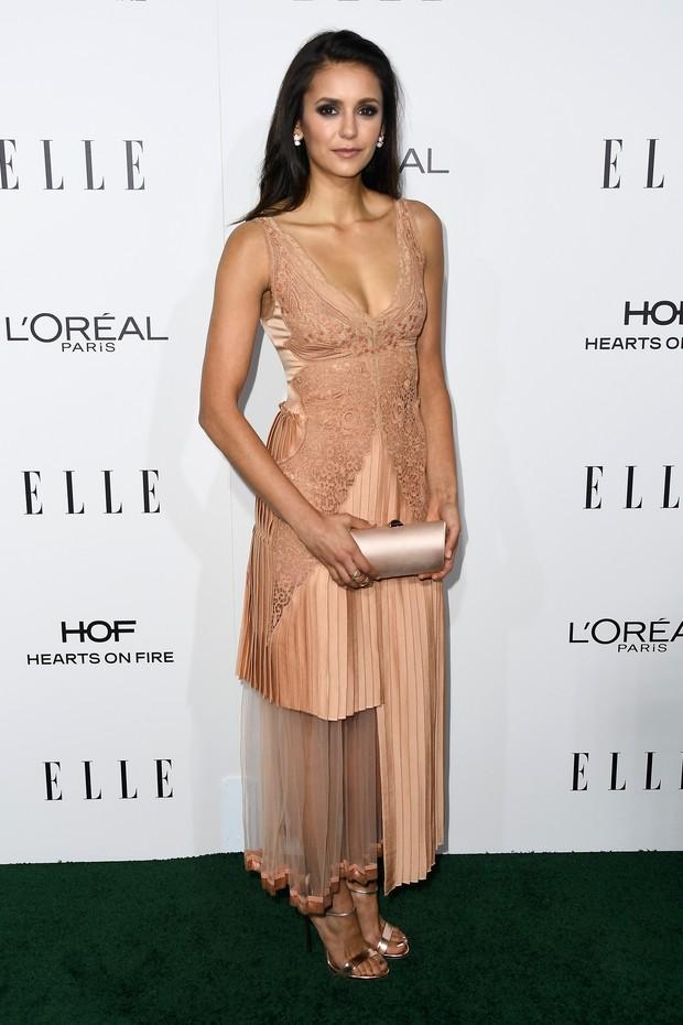Nina Dobrev em premiação em Los Angeles, nos Estados Unidos (Foto: Frazer Harrison/ Getty Images/ AFP)