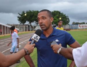 Técnico Jadson de Oliveira, do Ji-Paraná (Foto: Rogério Aderbal)