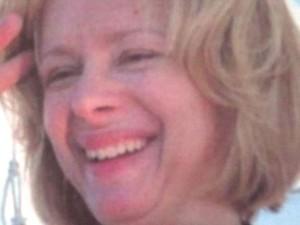 Nancy Lanza, mãe do atirador, em imagem sem data fornecida por um membro da família para a ABC News  (Foto: Reuters)