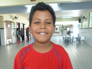 Felipe Feitosa tem 10 anos e considera a avó como mãe (Foto: Adriana Justi / G1)