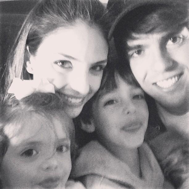 Carol Celico, Kaká e familia (Foto: Instagram/Reprodução)