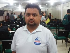 Mauro Oliveira, presidente do sindicato dos servidores do grupo administrativo (Foto: John Pacheco/G1)