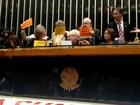 Deputados protestam contra corte de microfones no plenário da Câmara