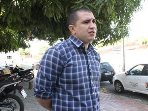 Diretor Ancelmo Portela alegou falta de recurso para iniciar obra (Foto: Catarina Costa / G1)