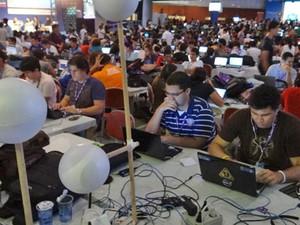 Acampamento na Campus Party Recife (Foto: Luna Markman/G1)