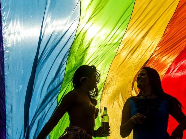 Público vai à 19ª Parada do Orgulho LGBT na Avenida Paulista, neste domingo (7) (Foto: Reuters/Joao Castellano)