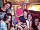 Irmã de Neymar festeja aniversário ao lado de Bruna Marquezine