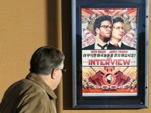 Cartaz do filme 'A entrevista'; longa pode ser poderoso contra regime norte-coreano, segundo correspondente da BBC (Foto: Reuters)