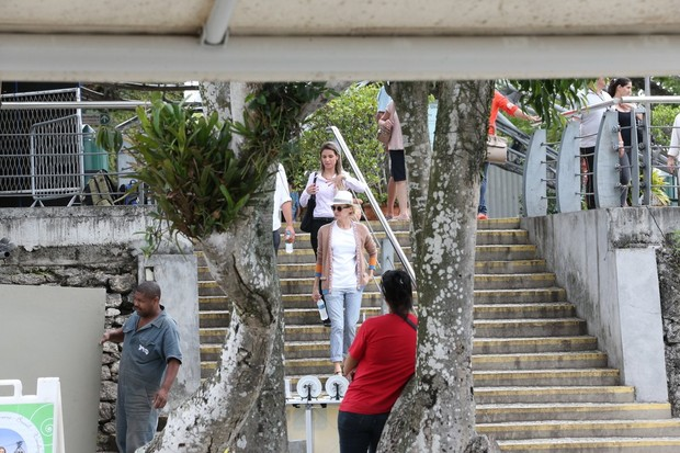 Diane Kruger e namorado no Pão de Açucar (Foto: André Freitas / AgNews)