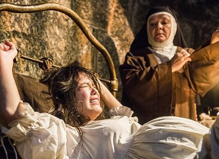 Maria Vitória dá à luz uma menina