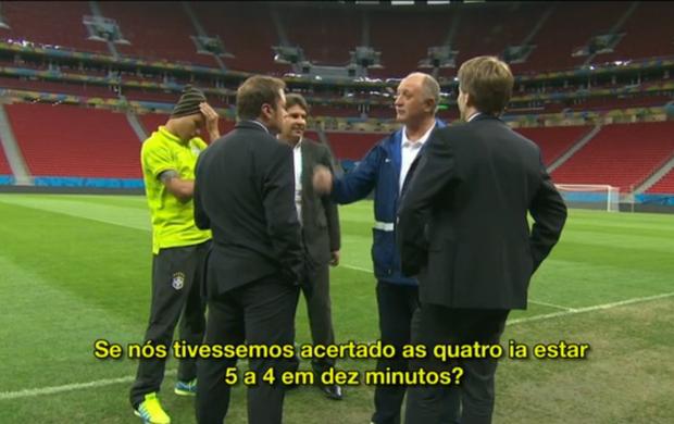 Felipão comenta goleada sofrida para a Alemanha antes da coletiva no Mané Garrincha (Foto: Reprodução SporTV)