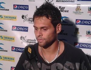 augusto, lateral esquerdo do treze (Foto: Silas Batista / Globoesporte.com/pb)