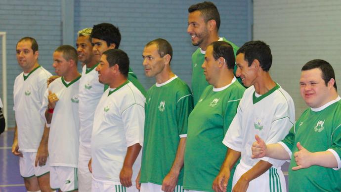 marcelinho paraíba fernando henrique apae inter de lages ginásio (Foto: Greik Pacheco / Inter de Lages)