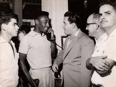 Carlos Antônio Franchello e Pelé (Foto: Arquivo Pessoal)