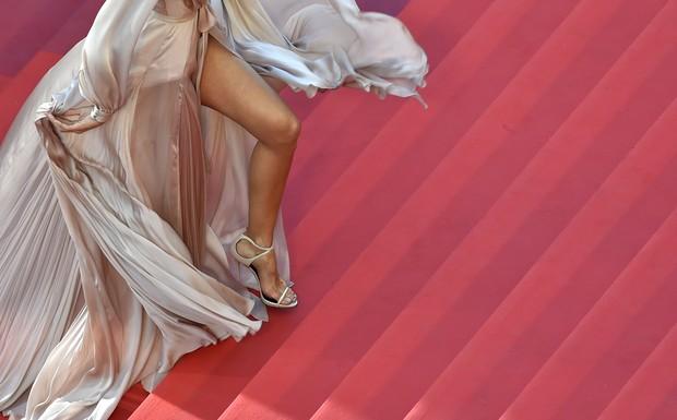 Izabel Goulart no Festival de Cannes 2016 (Foto: AFP)