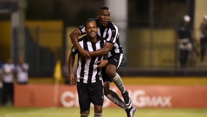 Bruno Silva - Botafogo (Foto: André Durão)