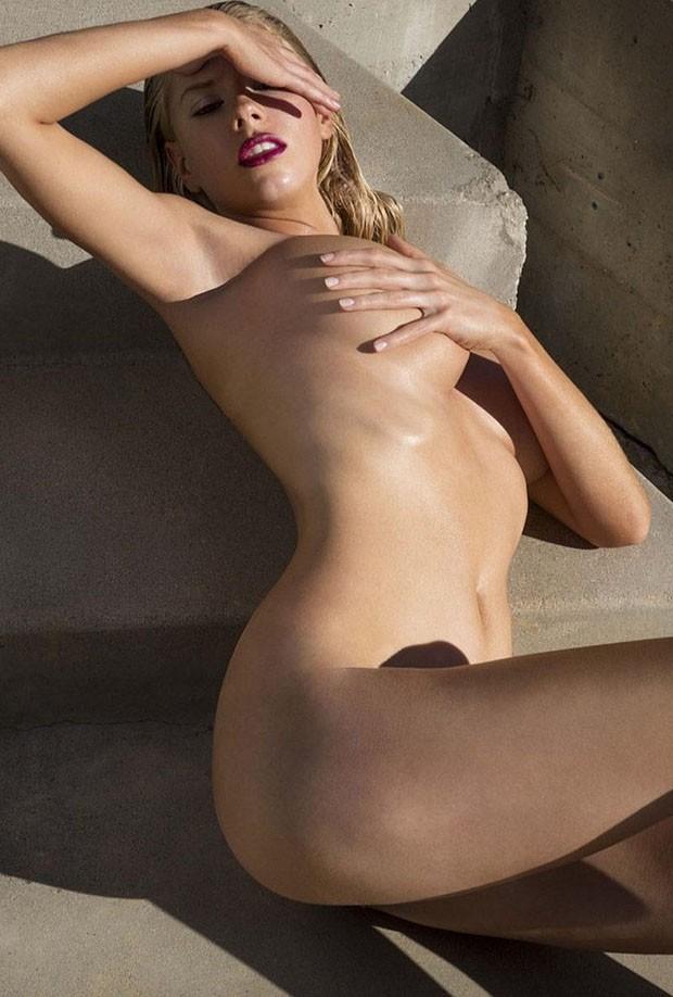 Charlotte McKinney (Foto: Reprodução/Tony Duran)