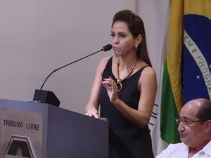 Elis Regina Guimarães, superintendente geral do Hospital São João de Deus em Divinópolis (Foto: TV Integração/Reprodução)