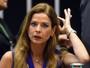 Moro devolve passaporte a mulher de Cunha (Evaristo Sá/AFP/Arquivo)