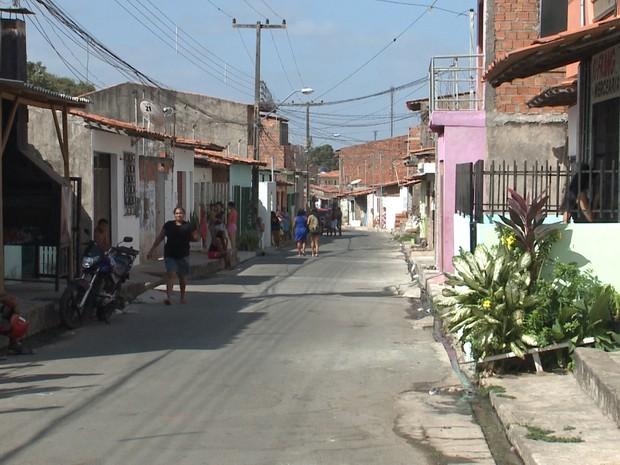 Avenida da Fraternidade, onde fica a casa onde aconteceu o crime (Foto: Reprodução/TV Mirante)