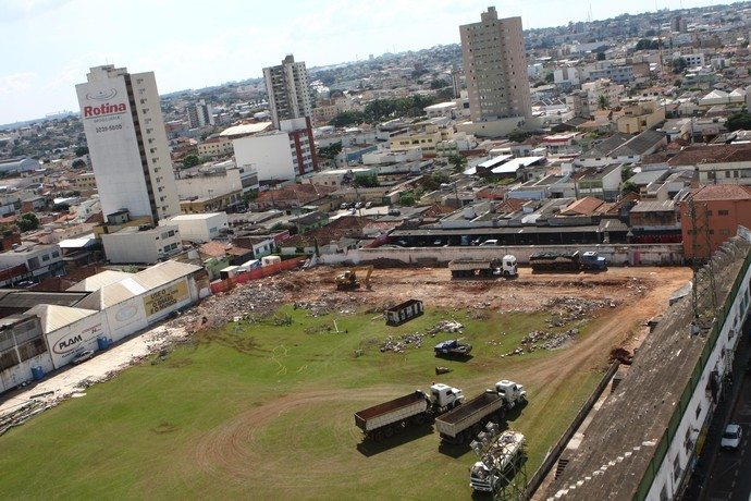 Estádio Juca Ribeiro (Foto: Beto Oliveira/Jornal Correio de Uberlândia)