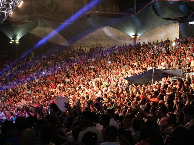 Concha Acústica do TCA lotada no show de Ivete Sangalo (Foto: Ida Sandes / G1 BA)