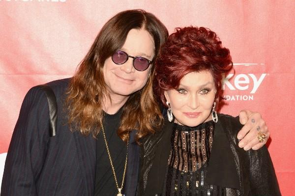 O músico Ozzy Osbourne e sua esposa e empresária, Sharon Osbourne (Foto: Getty Images)