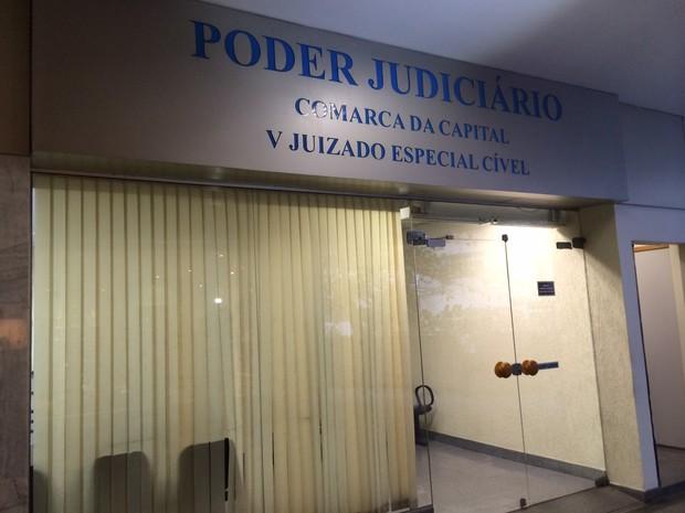 Juizado fica dentro de galeria em Copacabana (Foto: Matheus Rodrigues/G1)