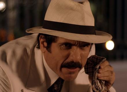 Ernesto sequestra Policarpo