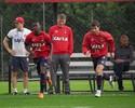 Atlético-PR volta aos treinos para jogo contra o Cruzeiro sem Thiago Heleno