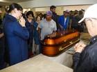 Corpo de Ferreira Gullar é enterrado no Rio