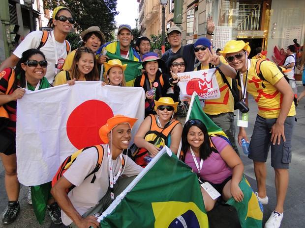Peregrinos do Brasil e do Japão durante a Jornada de Madri, em 2011   (Foto: Andressa Gonçalves)