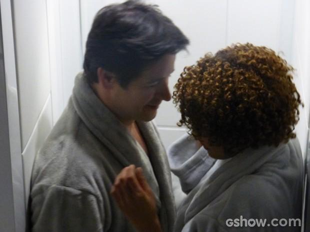 Jonas e Verônica no maior clima (Foto: Geração Brasil/ TV Globo)