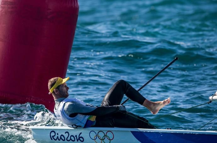 Em dia ruim, Scheidt dá adeus ao ouro, mas ainda briga pelo bronze (Foto: Energy/World Sailing)