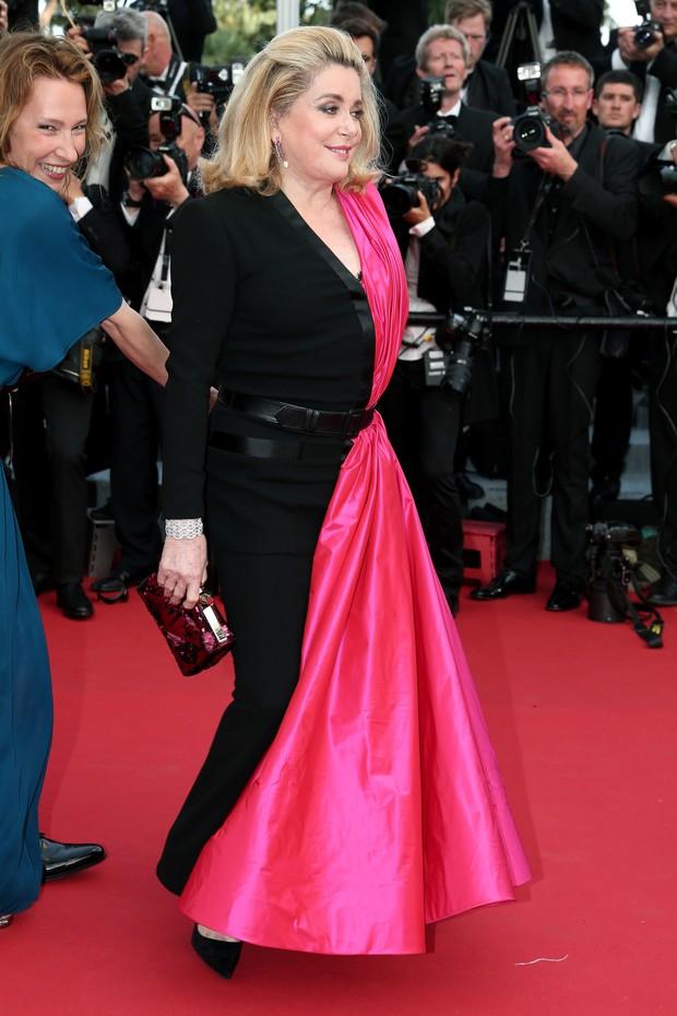 Catherine Deneuve na cerimônia de abertura do Festival de Cannes 2015 (Foto: Getty Images)
